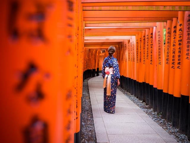 Timeless Japan - Kyoto, Fushimi Inari Shrine