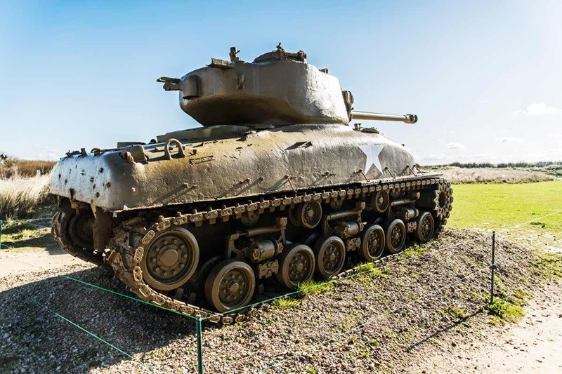 WWI & WWII Battlefields, US Tank