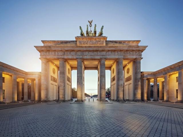 Highlights of Germany - Brandenburg Gate, Berlin, Germany