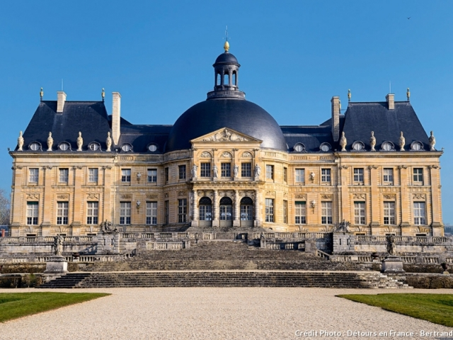 Paris to Nice through Vineyards & Mountains, Château De Vaux-Le-Vicomte, Maincy, France