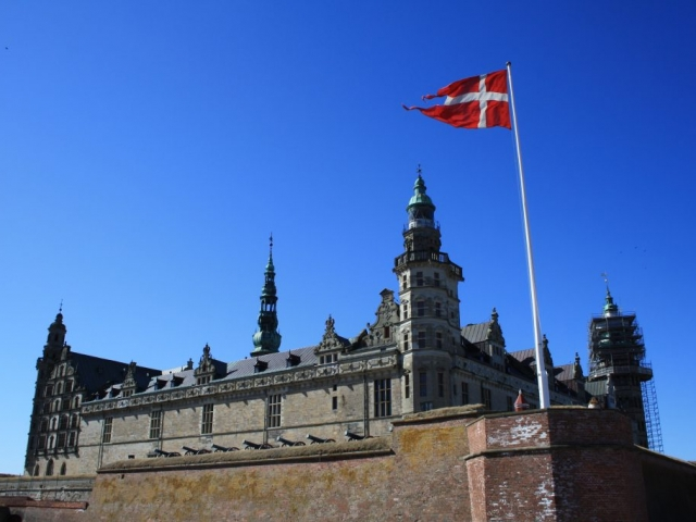 The Grand Scandinavian Circle Tour - Hamlet's Kronborg Castle, Sweeden