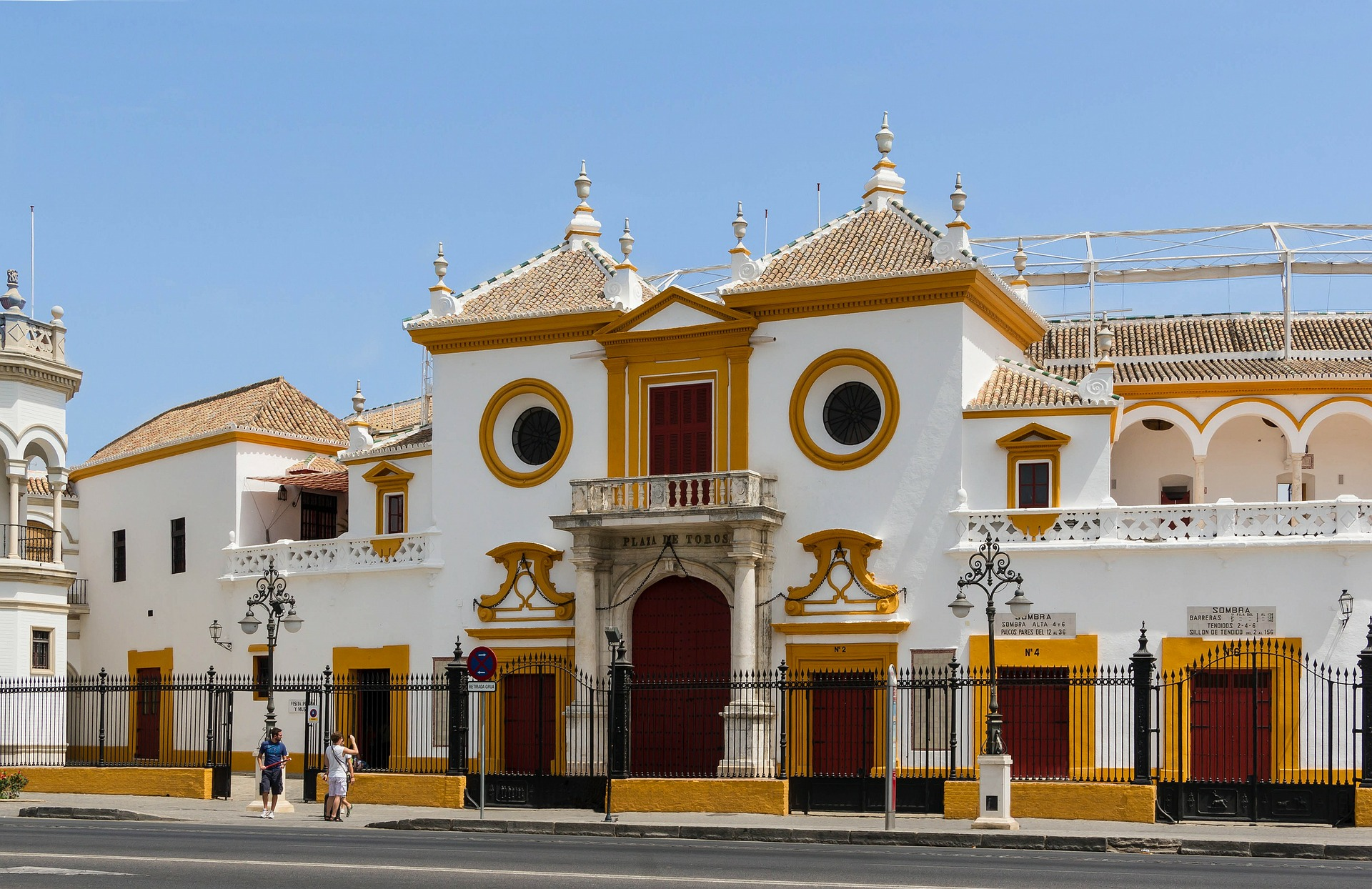 Spanish Fiesta |  Real Maestranza de Caballeria de Sevilla, the royal Bull Ring