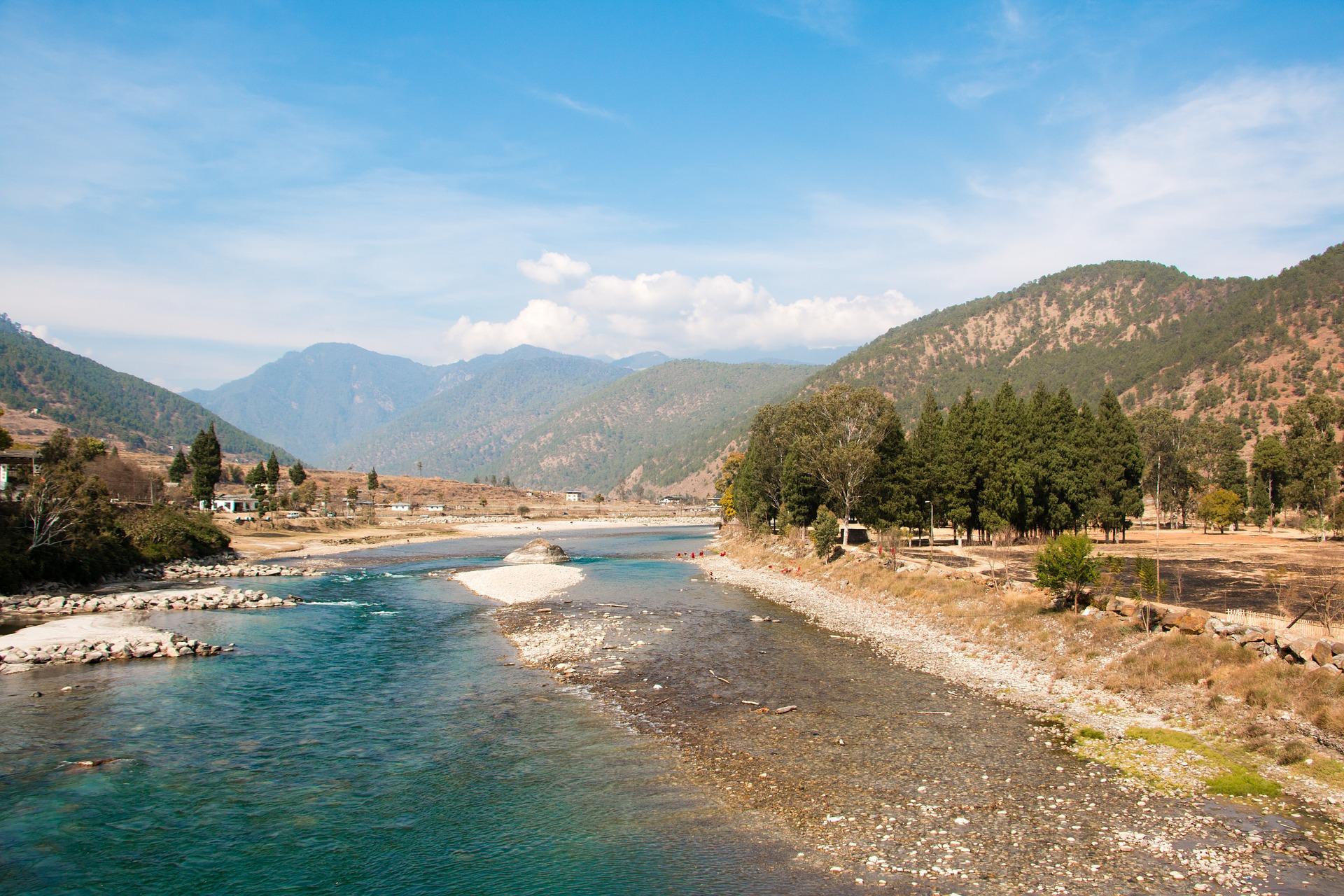 The Land of the Thunder Dragon, Bhutan