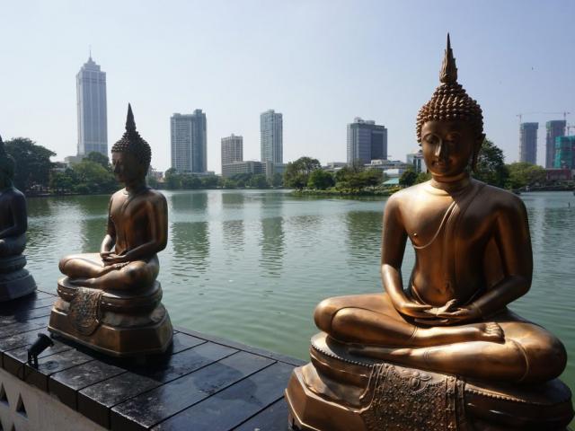 Sri Lanka with Uga Escapes | Gangaramaya Temple, Colombo, Sri Lanka