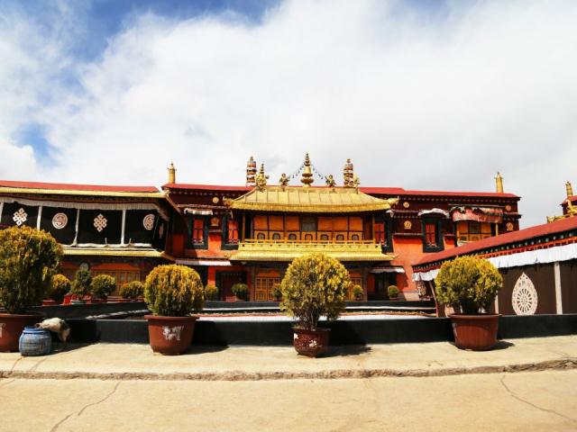 Simply Lhasa - Jokhang Temple, Lhasa, Tibet