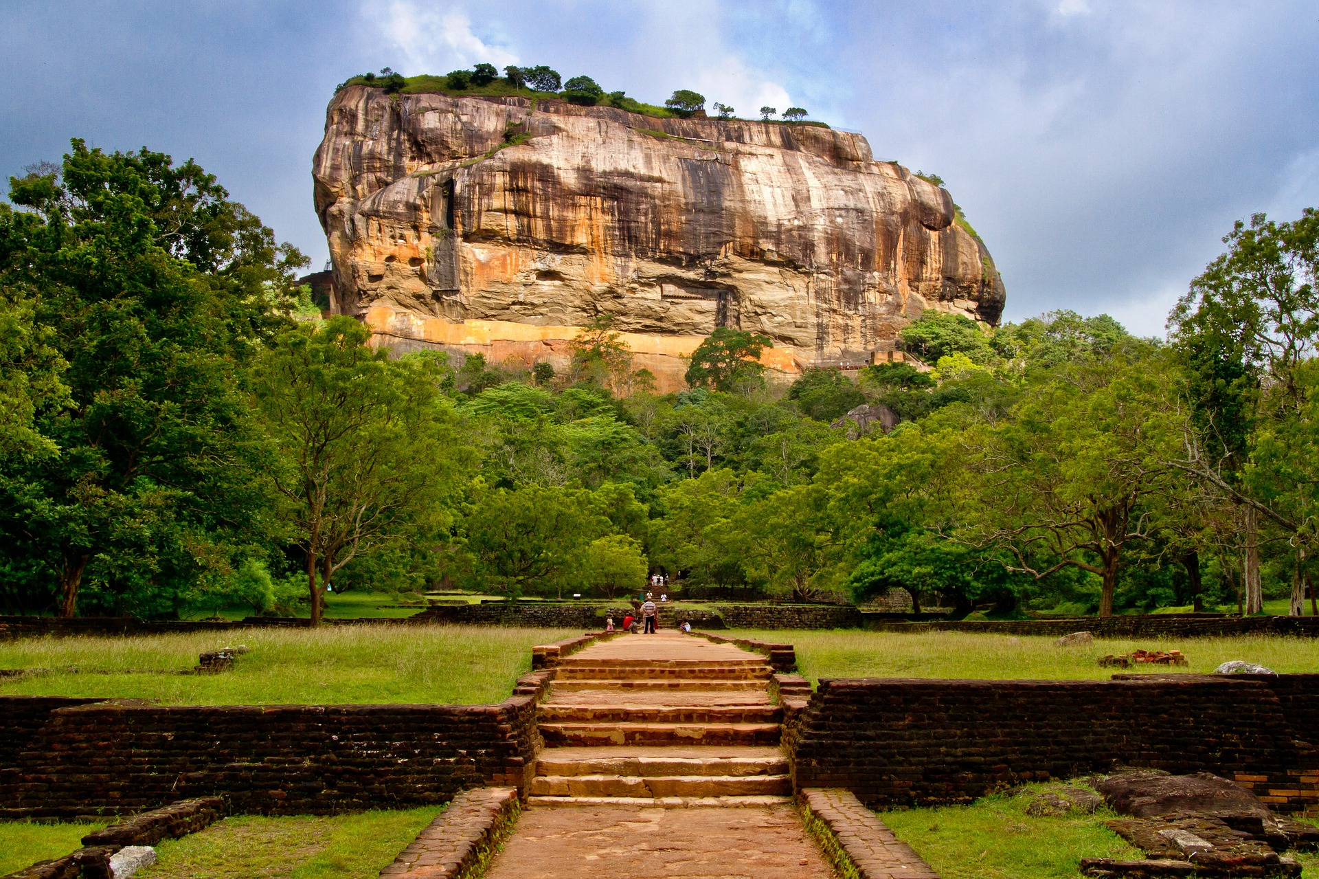 Wildlife Journey of Sri Lanka | Sigiriya Rock, Sri Lanka