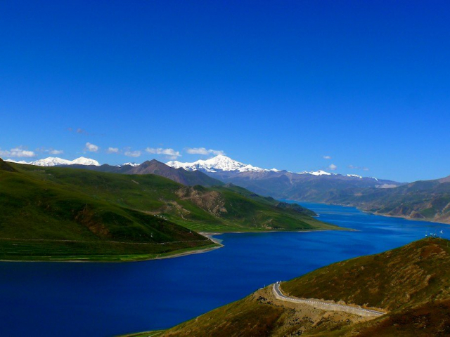 Highlights of Tibet - Yamdrok Tso Lake, Tibet