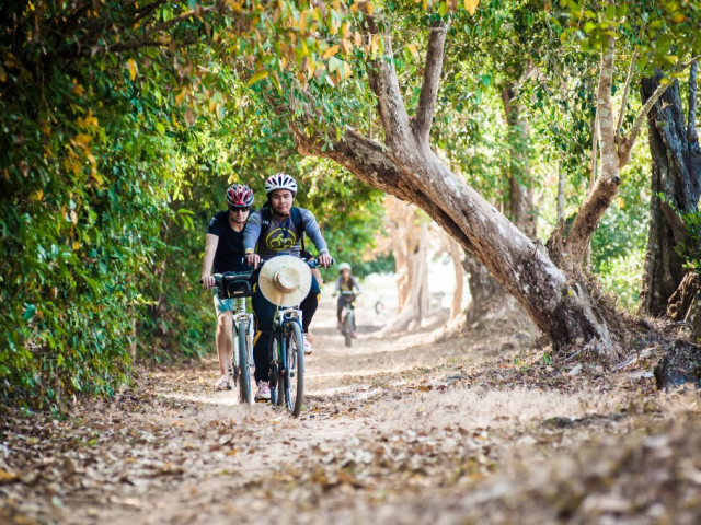 Cycle Cambodia - Angkor & Beyond