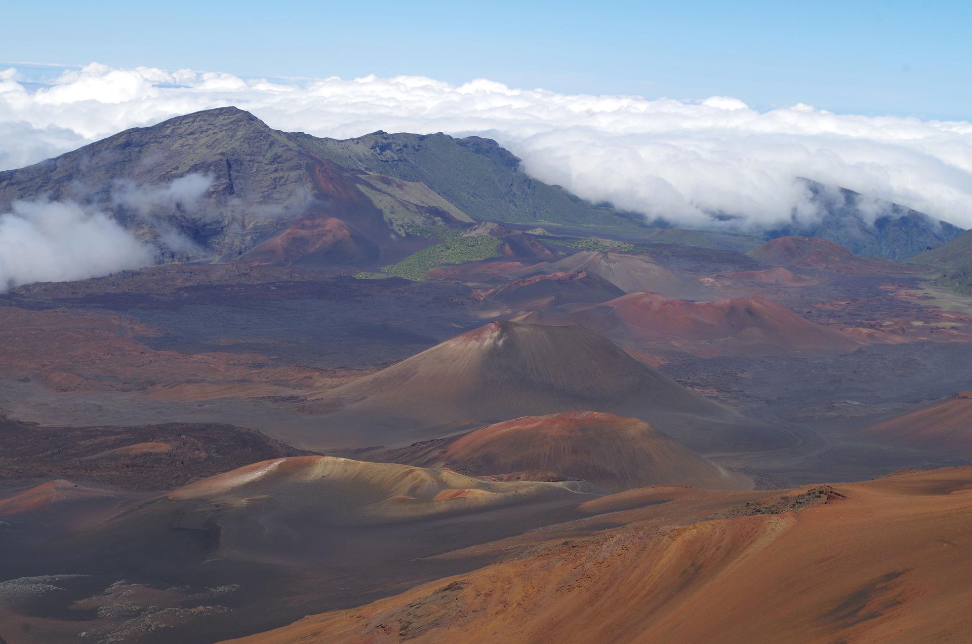 Hawaiian Explorer | Iolani Haleakalā, Maui, Hawaii