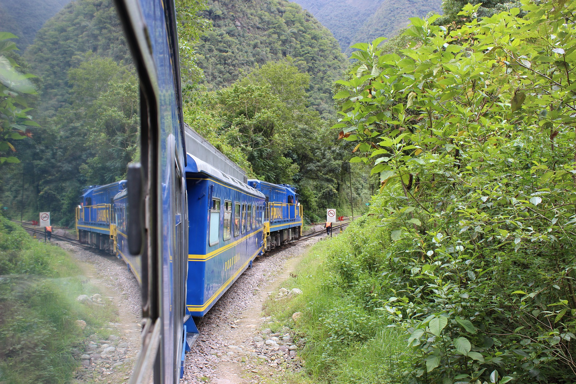 Legacy of the Incas | Vistadome Train, Peru